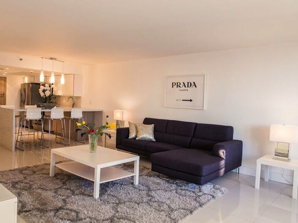 Top Of The Line Modern 3 Bedroom Condo Downtown Miami Only 8 Min To South Beach Miami Florida