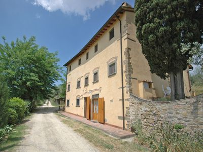 Photo for Lovely apartment for 4 guests with WIFI, pool, TV and parking, close to Florence