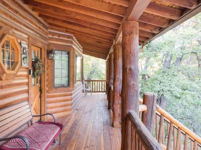 Photo for Beautiful 3-Bedroom Chalet. Walk to Bear Mountain! Steps to the National Forest.