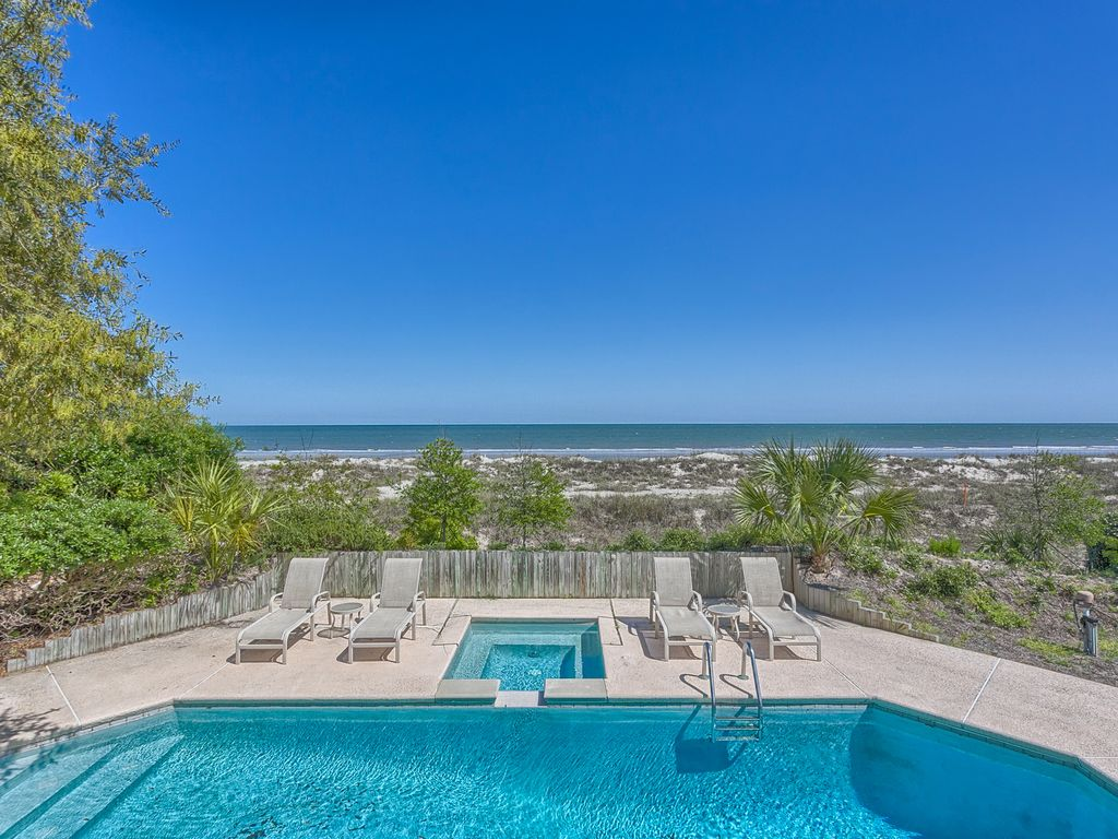Oceanfront 5 Bedroom Beach Home With Large Homeaway