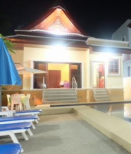 Majestic Villas 2,3 bedroom . Pool are with 6 loungers.
