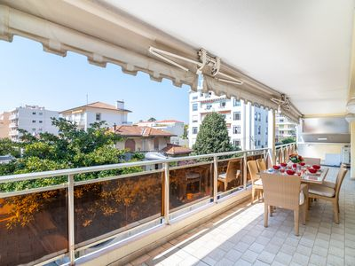 Photo for Appartement Isabeau / two bedrooms apartment close to the center of Canne