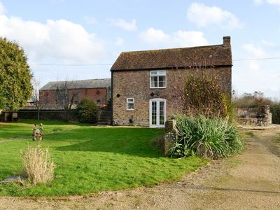 Photo for 1 bedroom accommodation in Arlingham