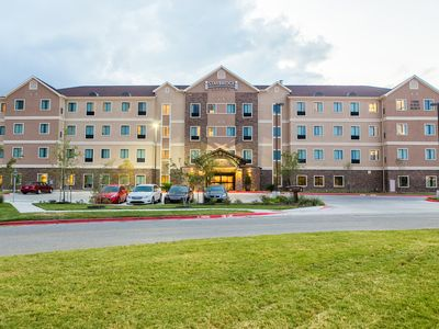 Photo for Modern Suite Close to the University of Texas | 24 Hour Business Center + Heated Outdoor Pool