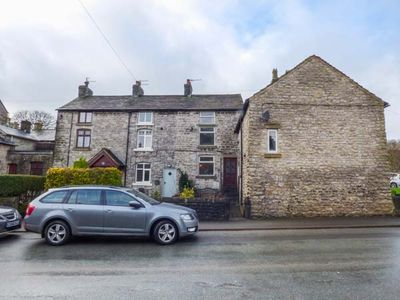 Photo for 12 Buxton Road, TIDESWELL