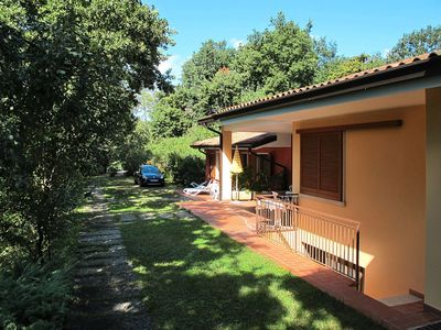 Photo for Nice apartment for 6 guests with WIFI, pool, TV, balcony, pets allowed and parking