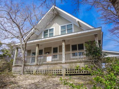 Photo for Panoramic Sound and Marsh Views w/ hot tub & screened porch!