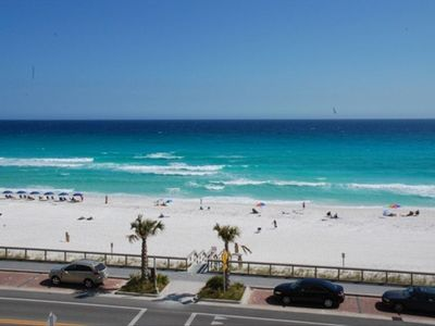 Panoramic Gulf Views From Large Private Balcony. The Beach Is Just Steps Away!