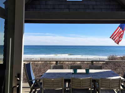Oceanfront dining for 8