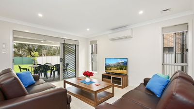 Photo for Spacious 4 Bdrm Home, Great Value for Groups, Short and Extended Stays Welcome