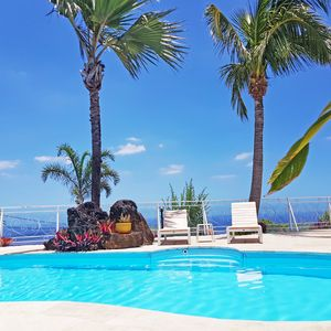 """Photo for Petite-île, Grande Anse, Apart. """"Lé Bel"""", Ocean View, terrace with swimming pool on the ocean charming residence."""