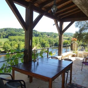 Breathtaking views over the Dordogne from the terrace.