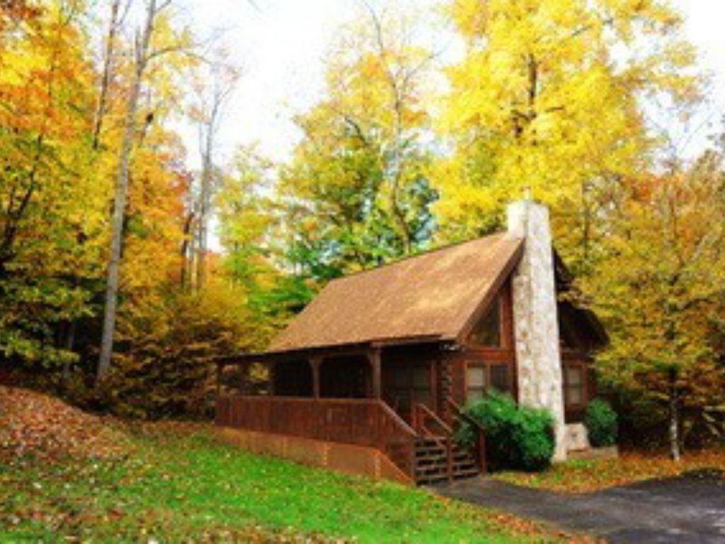 2br cabin in eagles ridge resort 2 miles to parkway for Eagles ridge log cabin