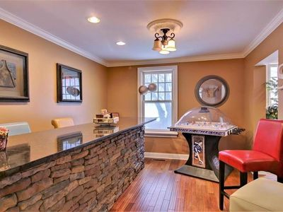 Photo for Renovated Luxury In Town Family Retreat