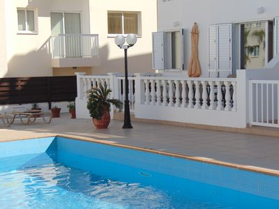 Photo for Great ground floor 1 bed apartment with communal pool and close to the sea