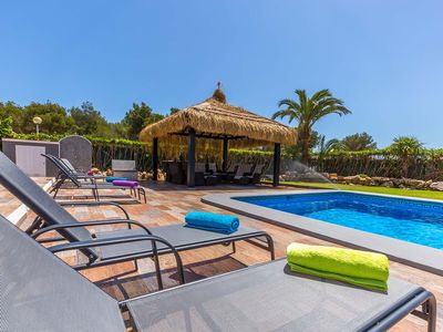 Photo for Fabulous Modern Villa * Wi Fi * Very Private * Heated Pool + Air Con (optional )