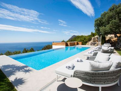 Photo for Stunning villa situated on a cliff
