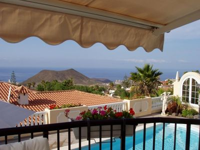 Photo for 3 bedroom Villa, sleeps 2 with Pool, FREE WiFi and Walk to Shops
