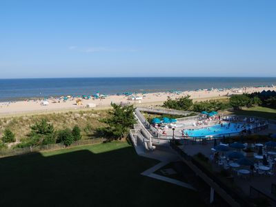 Edgewater House 3 BR+2 Bunk Rooms Ocean Front  with Beautiful View of Beach