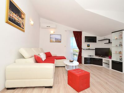 Photo for Apartment overlooking the beautiful sea, fully equipped, 150m from the beach