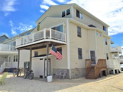 Wow Awesome Bay And Sunset Views 3 Story Twin Featuring 4 Bedrooms 2 Full Baths On 3 Levels Dennis