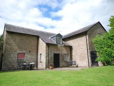Photo for 3 bedroom Barn in Hay-on-Wye - MAEFS