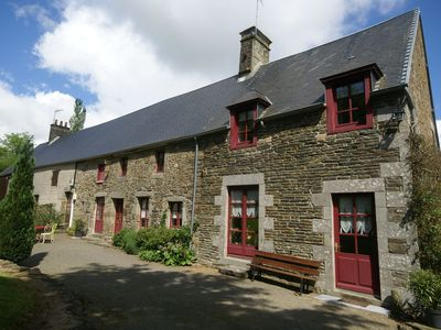 Photo for Comfortable holiday home with garden, ideal location in the Manche region