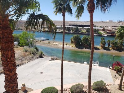 Photo for Riverfront Luxury Condo! With private launch ramp and great views!