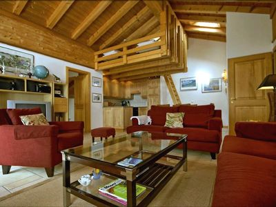 Photo for Very nice apartment in the center of Verbier, 400 m. from the departure of Médran lift. Composition