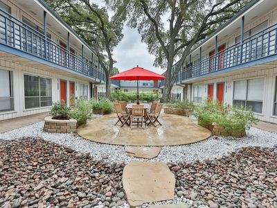 Photo for Central Austin 1-bed / 1 bath - Great location!
