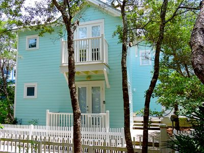 Photo for 3 Houses to Beach in Seaside, Charming 1BR-20% Fall Colors Savings
