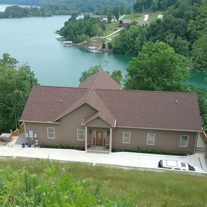Photo for Room to relax. Lakefront property. Amazing views!
