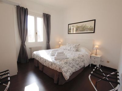 Photo for Fantastic warm and welcoming apartment, you will be at 50mt from Trevi Fountain, free wi-fi