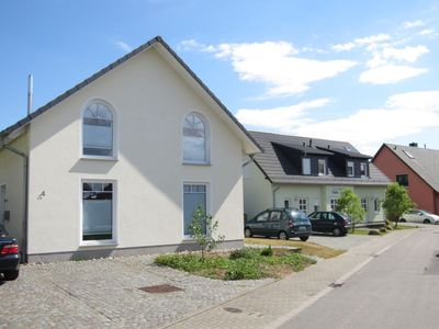 Photo for Holiday apartment Zinnowitz for 2 - 6 persons with 3 bedrooms - Holiday apartment