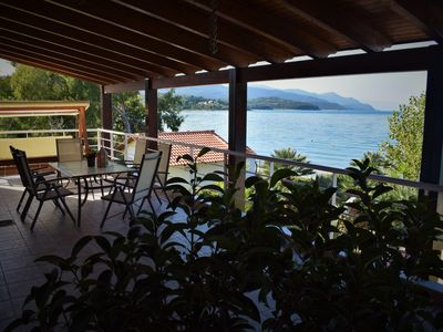 Photo for Luxury 150sqm sea side house with private Beach