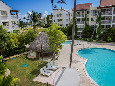 Playa Turquesa- Newly Remodeled, Ocean View, Balcony, Easy Walk to Private Beach