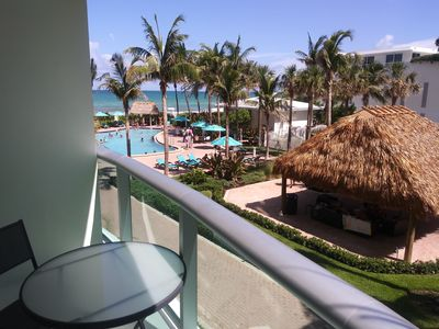 Photo for Beachy oceanfront condo on Hollywood beach with ocean view