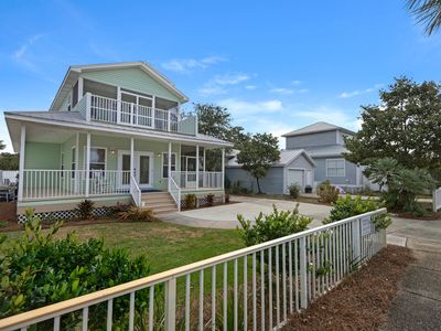 Photo for Pelicans Perch Cottage 4Br, 2.5Ba. Heated Pool. WiFi.Walk to beach and stores.