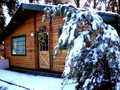 Photo for 2BR Cabin Vacation Rental in Running Springs, California