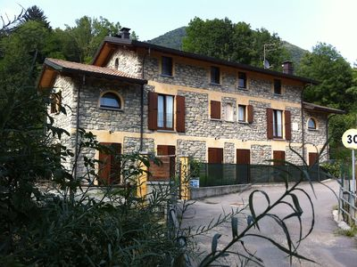 Photo for Farm b & b in stone farmhouse 7 minutes from Lake Como