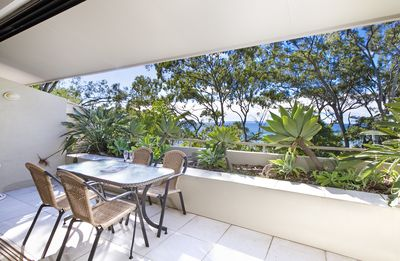 Photo for Just Above First Point, This Delightful Apartment Is Only 150m To Hastings St.