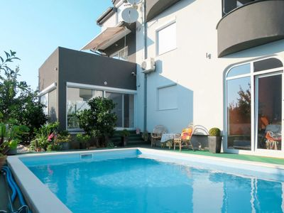 Photo for One bedroom Apartment, sleeps 4 in Turanj with Pool, Air Con and WiFi