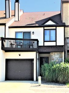 Photo for Big 3BR/2.5Ba Townhome - 4 Decks - Steps To The Path To The Beach
