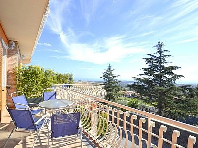 Photo for Appartamento Ribes E: A cozy and welcoming apartment, with Free WI-FI.