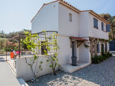 Photo for Luxurious villa with sea view (83 Var)