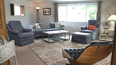Photo for Loft Apartment Across From Semo University Houch Field House. Walk  To Events