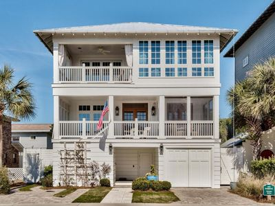 Photo for Private Pool/Hot Tub! OPEN 9/14-21! Walk to Seaside! Sleeps 16!!