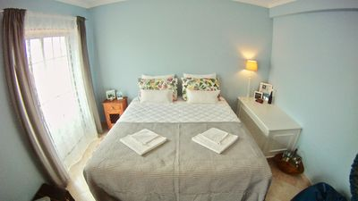 Photo for spacious suite with private bathroom in front of supertubos beach