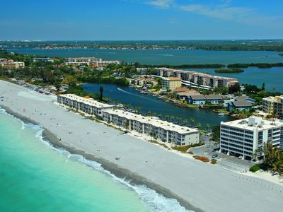 Photo for Turtle Beach - Gulf-Front Condo - 2BR - Free Boat Docks - Siesta Key