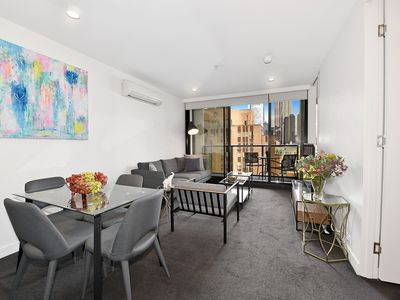 Photo for Fully furnished 2 bedroom Apt 1010/33 Mackenzie Street Melbourne